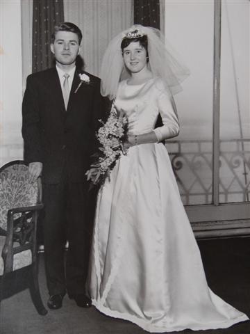 1960s-Wedding-Dresses-1
