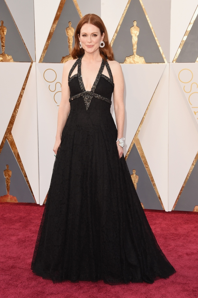 julianne_moore_Chanel1